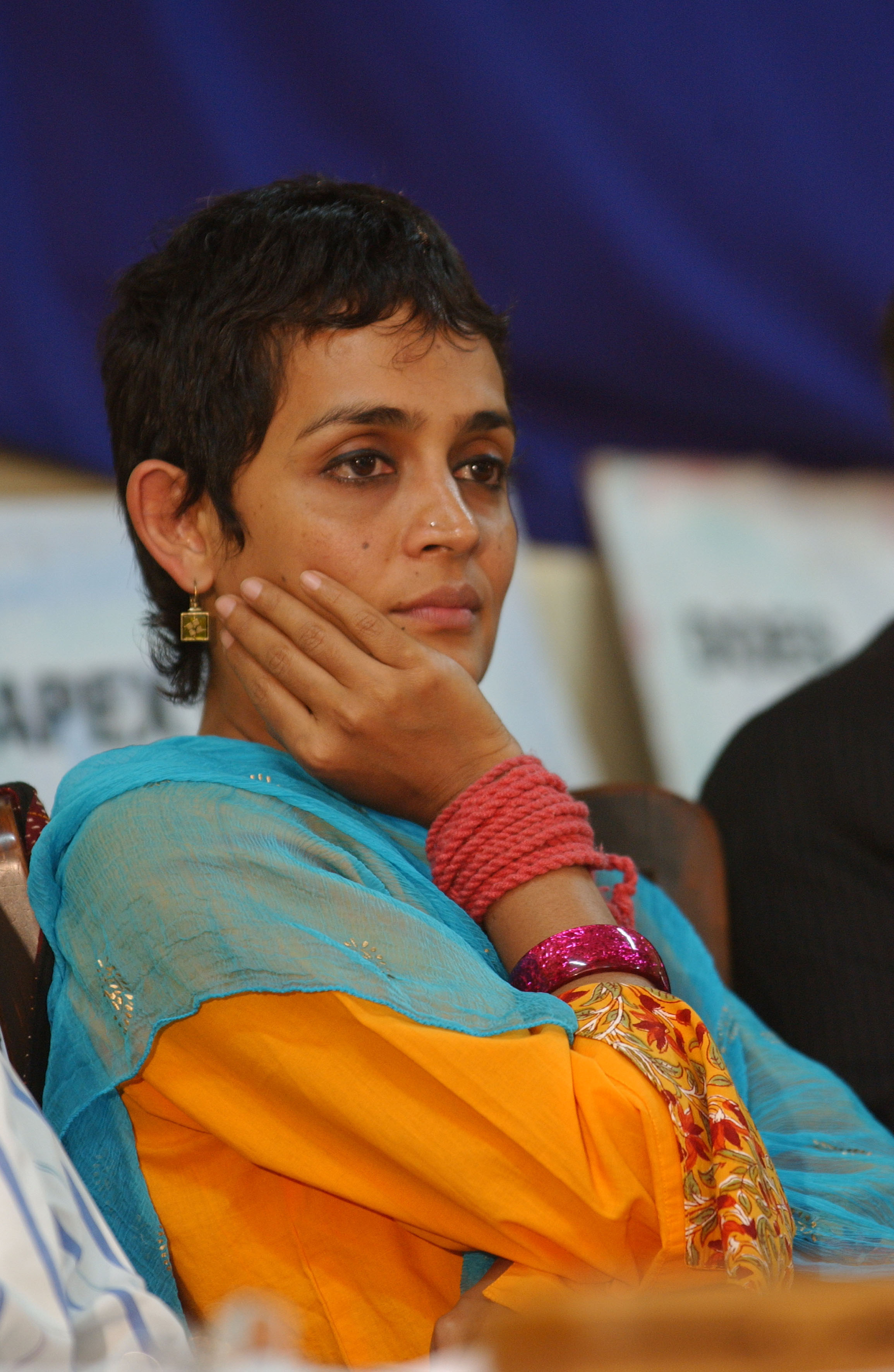 'A Voice for the Voiceless': @Arundhati_Roy vs Arundhati ...