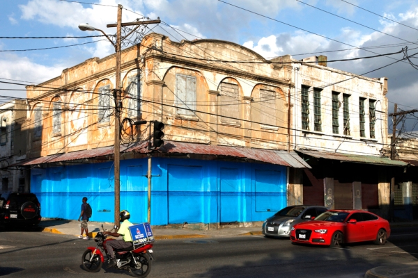 Blue Curry - PARADISE.jpg, at the corner of Orange Street and Port Royal Street
